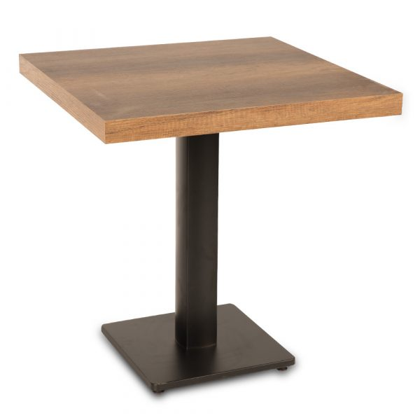 rince-wooden-metal-tables
